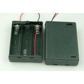 Koszyk baterii R6x3 w obudw.wył